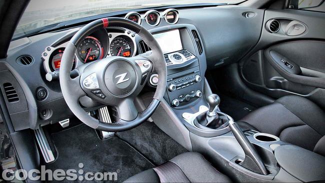Nissan_370Z_Nismo_26