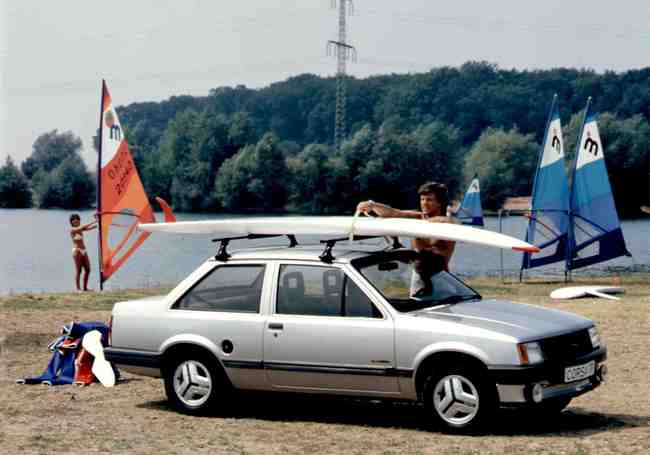 Opel Corsa 4p 1982