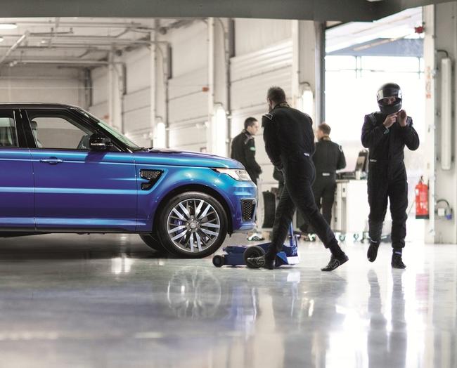 Range Rover Sport SVR 2014 21