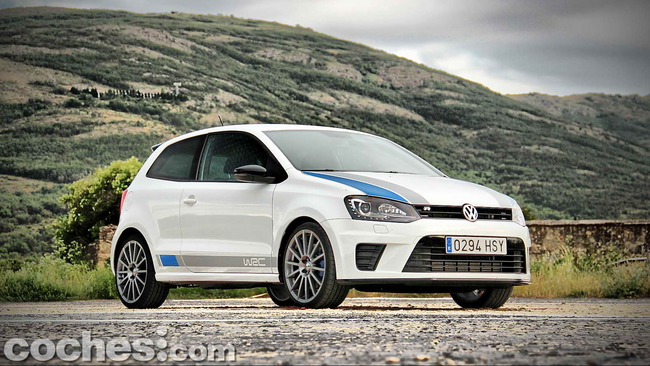 Volkswagen_Polo_R_WRC_09