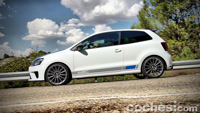 Volkswagen_Polo_R_WRC_43