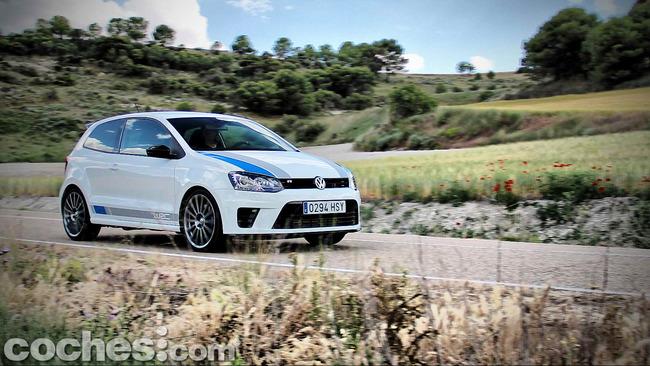 Volkswagen_Polo_R_WRC_51