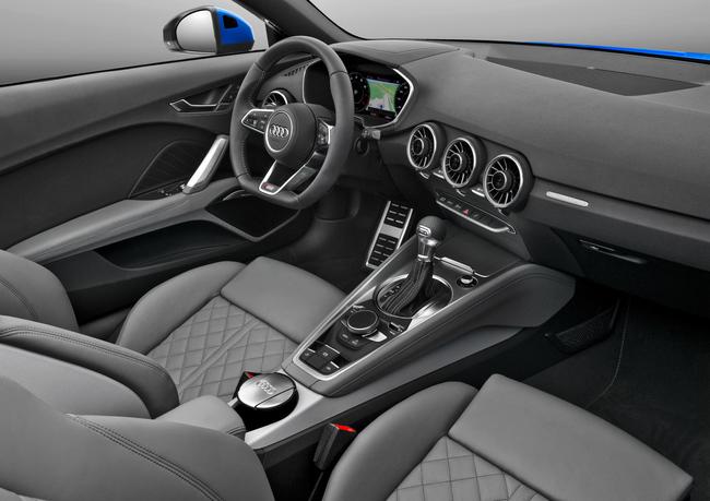Audi TT Roadster 2015 interior 02