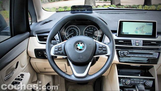 BMW_Serie_2_Active_Tourer_19