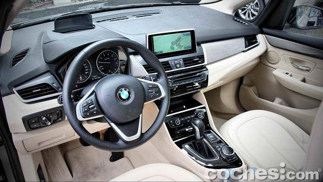 BMW_Serie_2_Active_Tourer_20