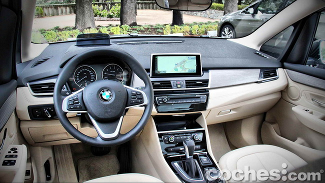 BMW_Serie_2_Active_Tourer_50