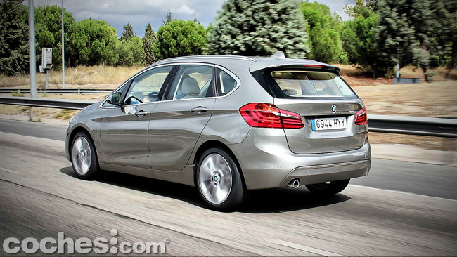 BMW_Serie_2_Active_Tourer_51