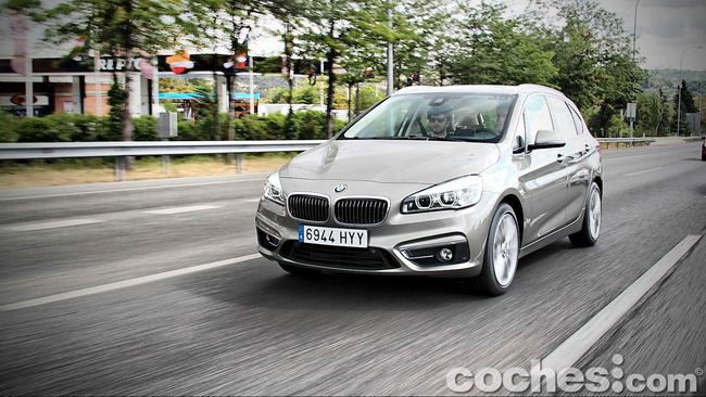 BMW_Serie_2_Active_Tourer_57