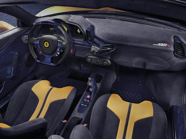 Ferrari 458 Speciale A 2014 interior 01