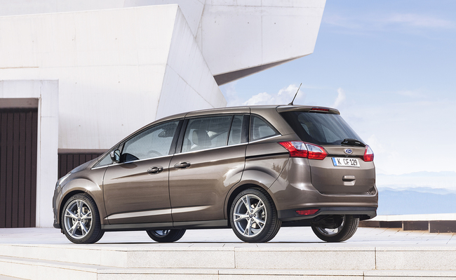Ford Grand C-MAX 2015 07