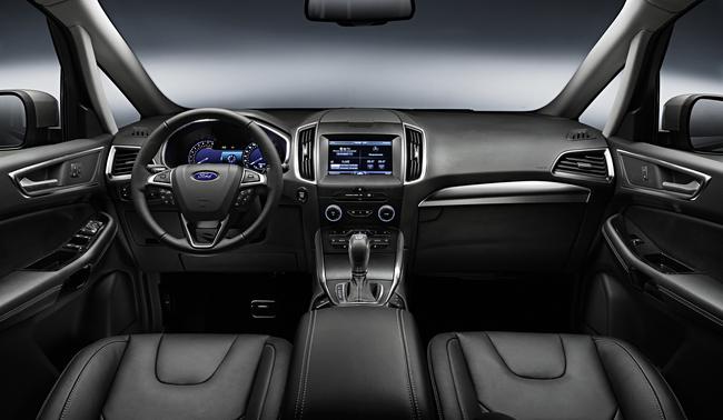 Ford S-MAX 2015 interior 04