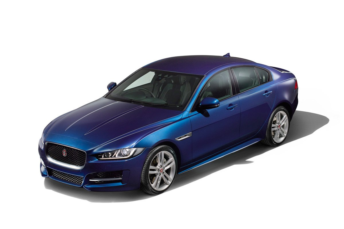 Jaguar XE 2015 26