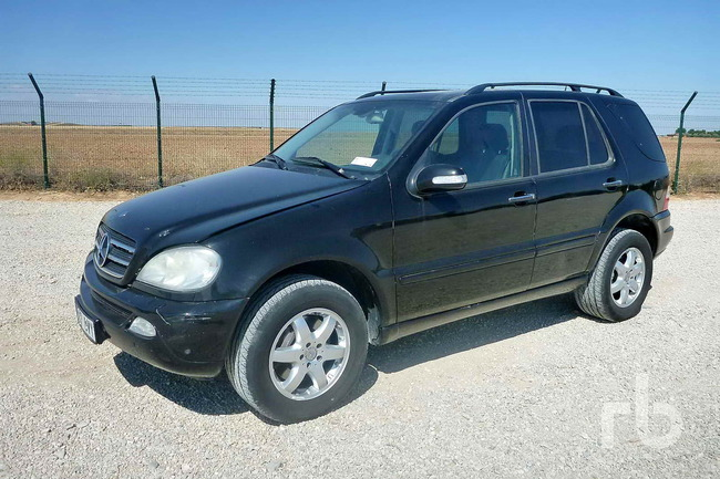Lote_1189_2002_Mercedes_Benz_ML400_CDI_01