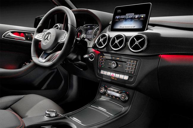 Mercedes-Benz Clase B 2015 interior 03