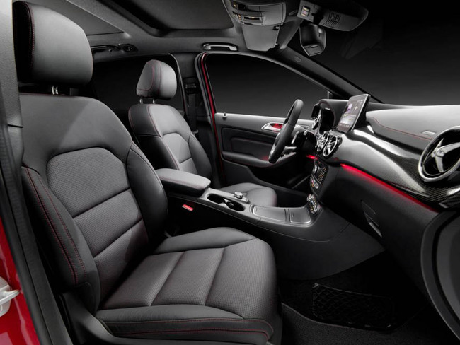 Mercedes-Benz Clase B 2015 interior 04