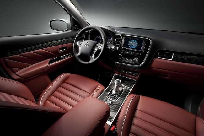 Mitsubishi Outlander PHEV Concept-S 2014 interior 01