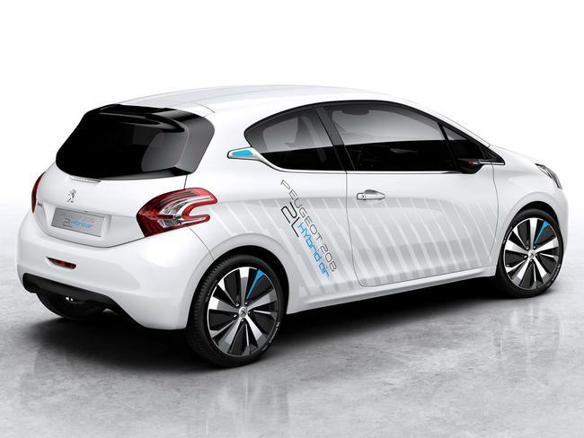 Peugeot 208 Hybrid Air 2L Concept 2014 02
