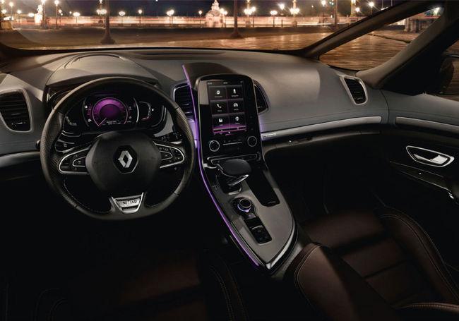 Renault Espace 2014 interior 01