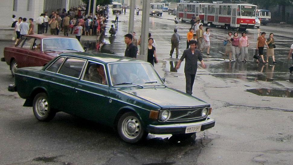Volvo 144 Corea del Norte