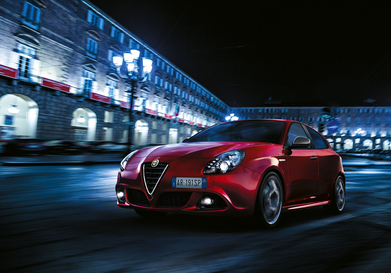 Alfa Romeo Giulietta Sprint 2014 01