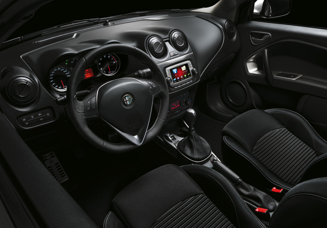 Alfa Romeo MiTo Junior 2014 interior 02