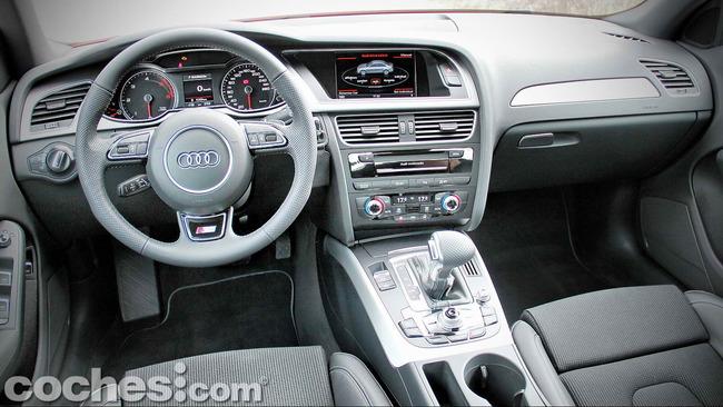 Audi_A4_2.0_TDI_Multitronic_24