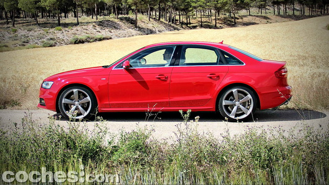 Audi_A4_2.0_TDI_Multitronic_33