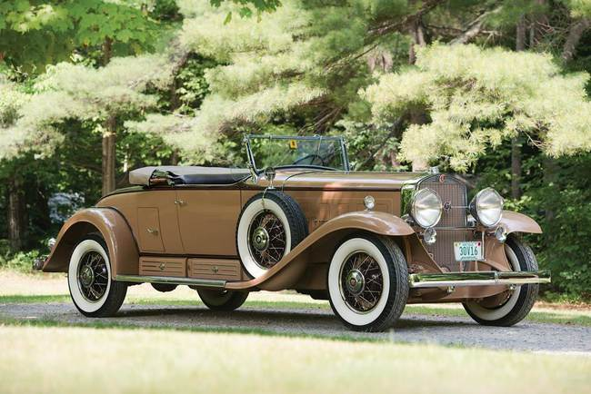 C - 1930 Cadillac V-16 Roadster by Fleetwood