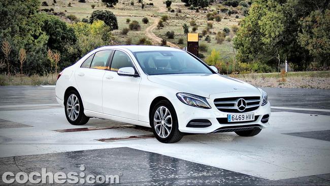 Mercedes_Benz_Clase_C_180_04
