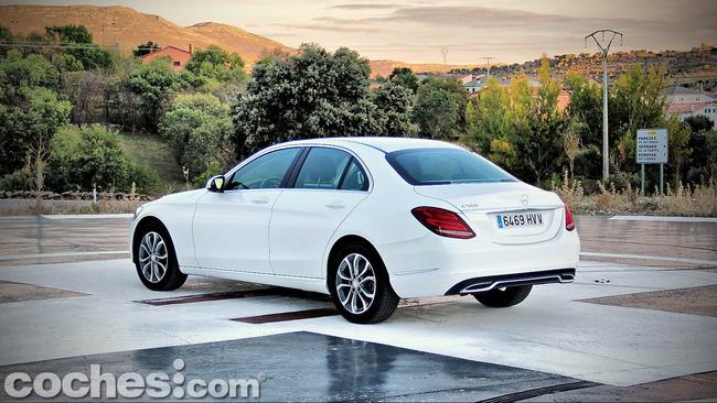 Mercedes_Benz_Clase_C_180_08