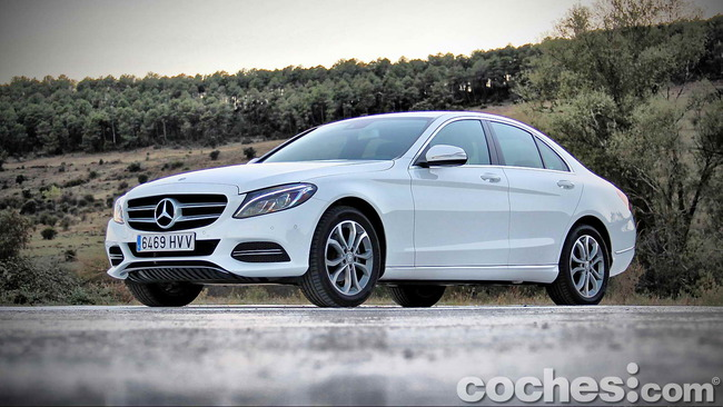 Mercedes_Benz_Clase_C_180_10
