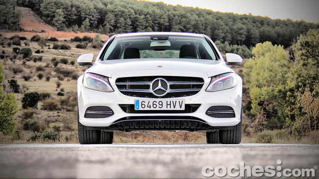 Mercedes_Benz_Clase_C_180_11