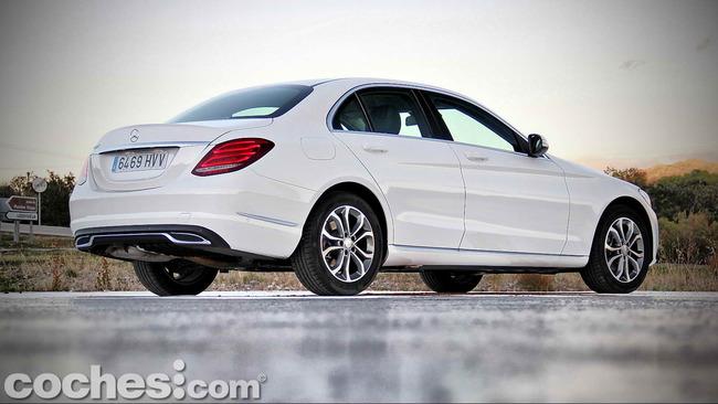 Mercedes_Benz_Clase_C_180_14