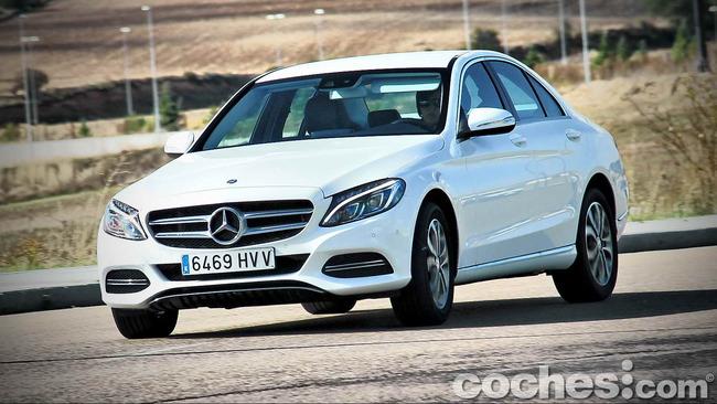Mercedes_Benz_Clase_C_180_52