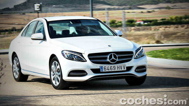 Mercedes_Benz_Clase_C_180_54