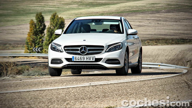 Mercedes_Benz_Clase_C_180_61
