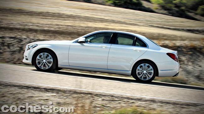 Mercedes_Benz_Clase_C_180_63
