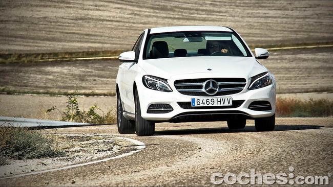 Mercedes_Benz_Clase_C_180_67