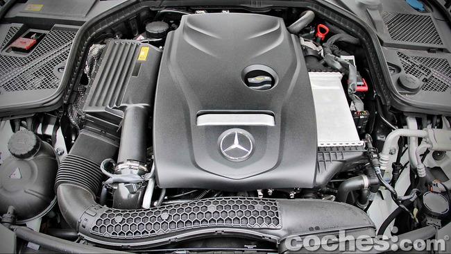 Mercedes_Benz_Clase_C_180_70