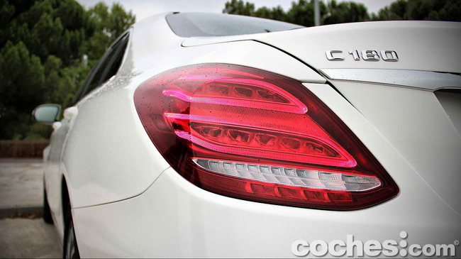Mercedes_Benz_Clase_C_180_81