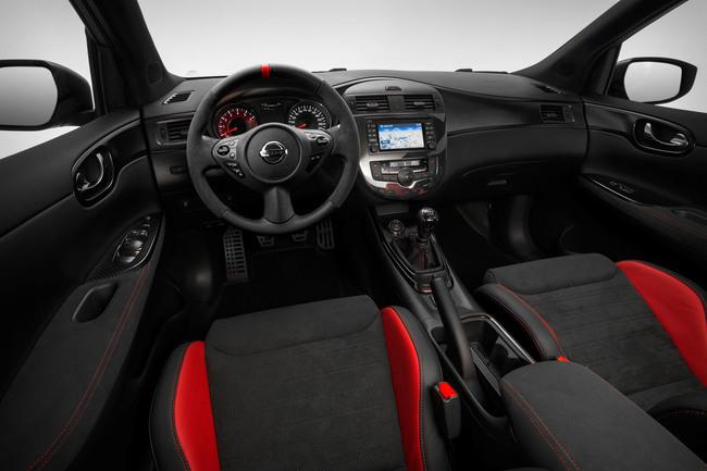 Nissan Pulsar Nismo Concept 2014 interior