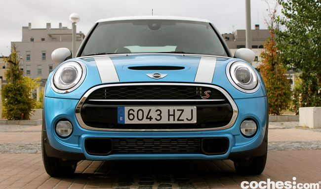 Prueba MINI 5 puertas Cooper SD - 00082