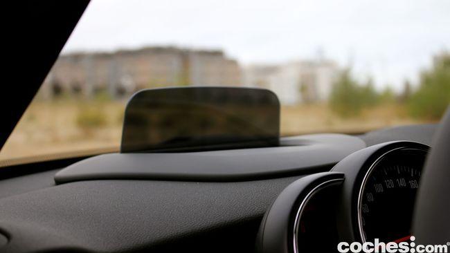 Prueba MINI 5 puertas Cooper SD interior 14