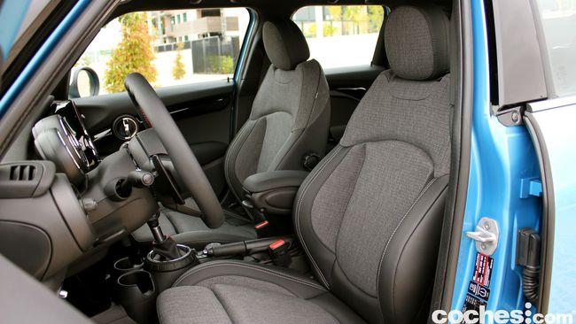 Prueba MINI 5 puertas Cooper SD interior 21