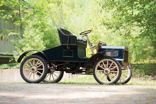 Q - 1905 Queen Model B Runabout