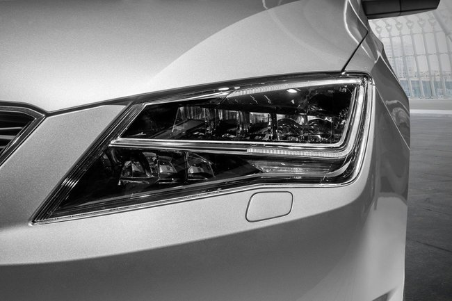 Seat Toledo faros LED 03