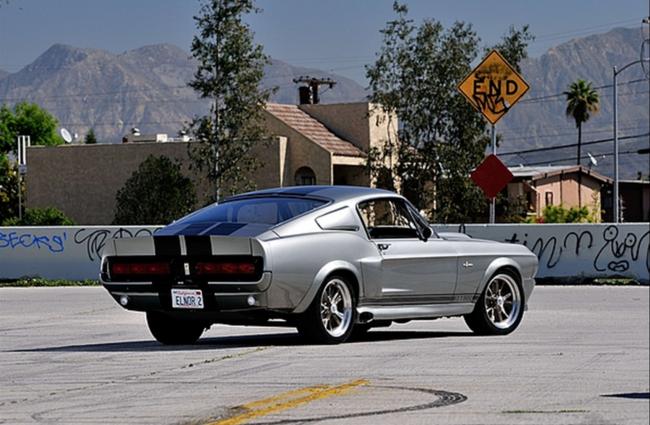 Shelby Mustang GT500 de 1967 3