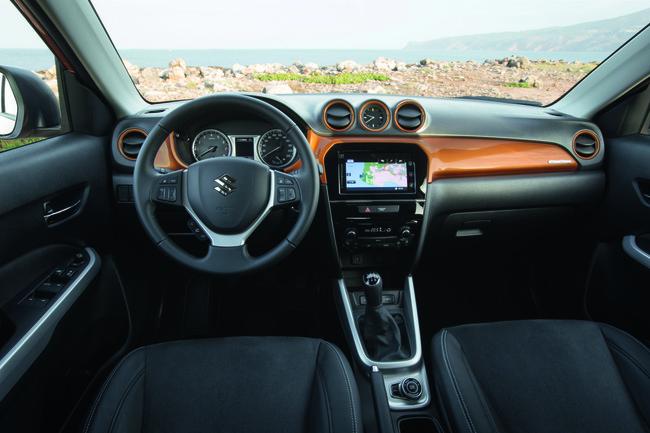 Suzuki Vitara 2015 interior 13