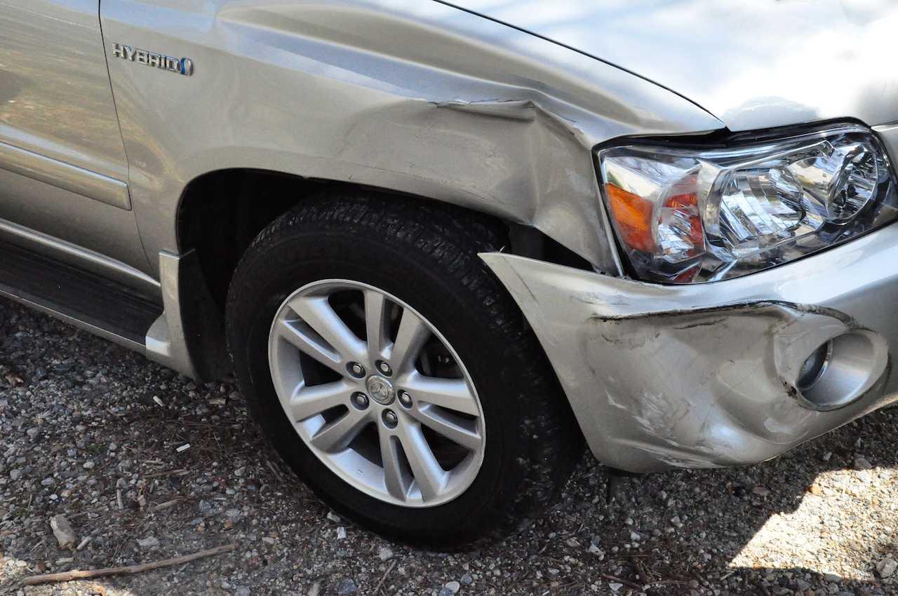 accidente coche golpe carroceria