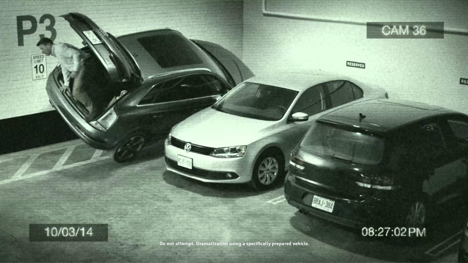 Audi  Q3 aparcameinto Canada